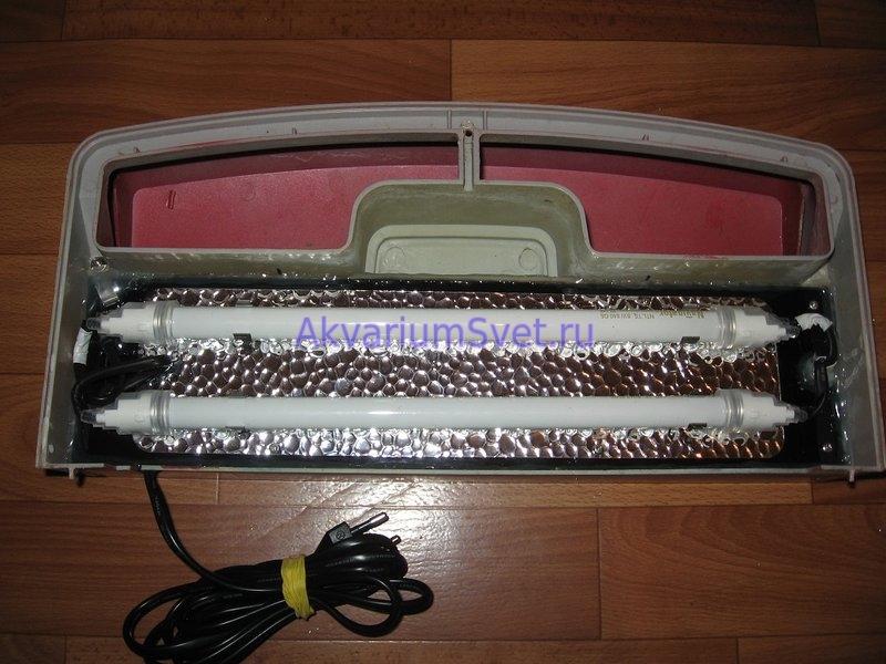 Аквариумная крышка Jebo R338 после ремонта. Установлена отражающая пластина из ячеистого зеркального алюминия. Использованы накидные силиконовые влагозащищённые патроны.